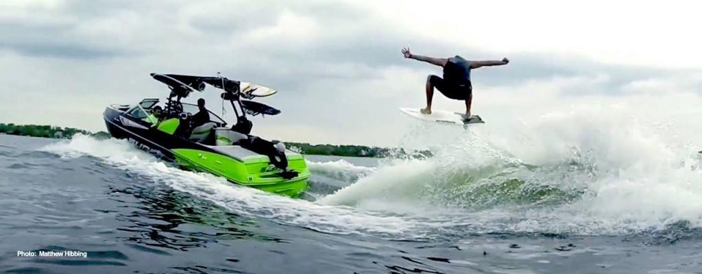 idol-wakesurfing